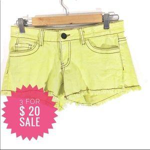 Vintage Havana yellow denim shorts L